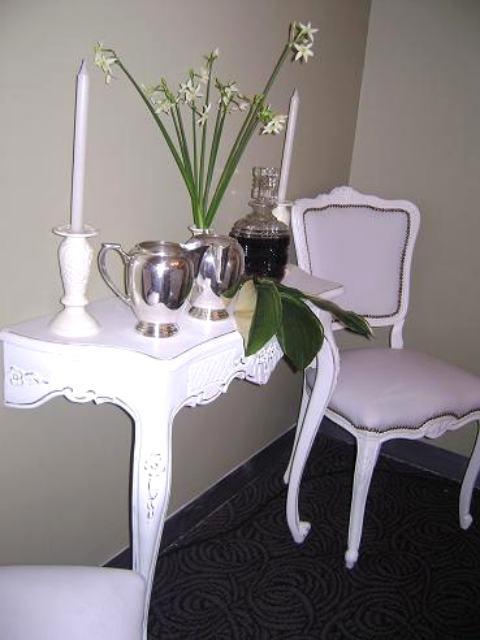 Alquiler de mesas alquiler de sillas for Sillas empresariales